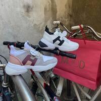 Hogan New Collection  Shop online: www.moodluxurytorino.com Spedizione gratuita H24 in tutta Italia 🇮🇹  #hogan #mooduxury #fashion #glamour #shoes #sneakers #torinoèlamiacittà #torino #chieri #pecettotorinese #pinotorinese #sanmaurotorinese #ivrea #candia #viverone #vercelli #biella #novara #arona #chivasso #settimotorinese #rivoli #collegno #giaveno #avigliana #grugliasco #beinasco #cuneo #cavour #bra