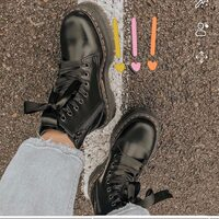 Dr.Martens  Molly Black Shop On Line www.moodluxurytorino.com  #drmartens #molly #black #fashion #boots #lady #mood #glamour #musthave #swiss #shoes #shopping #boutiquetorino