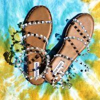 Steve Madden New Collection Delivery a domicilio senza costi aggiuntivi. Spedizione gratuita in tutta Italia 🇮🇹  www.moodluxurytorino.com #stevemadden #stevemaddenitalia #moodluxury #fashion #shoes #summer #outfitstyle #torino #chieri #pinotorinese #sanmaurotorinese #chivasso #settimotorinese #candia #novara #arona #verbania #vercelli #biella #stresa #mondovi #cuneo #alba #bra #fossano #rivoli #avigliana #giaveno #grugliasco #orbassano